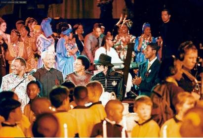 michael-visits-nelson-mandela-to-celebrate-his-80th-birthday119-m-2